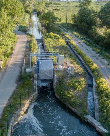 Eine von insgesamt fünf Staudruckmaschinen der beiden Kraftwerke am Wiener Neustädter Kanal. ©Unser Kraftwerk